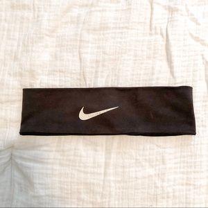 Black Nike Headband